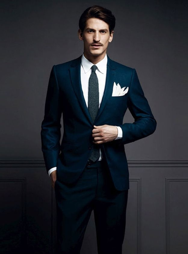 Avoir-bon-style-costume-bleu