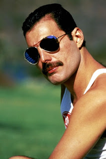 Barbe-mode-Freddy-Mercury