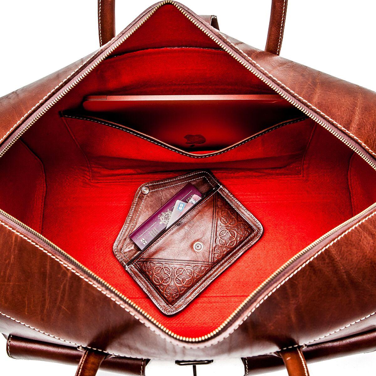 prendre soin de son sac en cuir